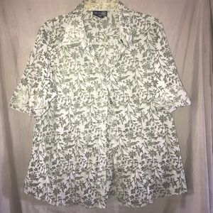 Lane Bryant Green Print Sheer Short Sleeve Blouse